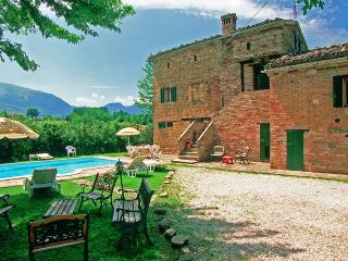 4 bedroom Villa with Internet Access in Amandola - Amandola vacation rentals