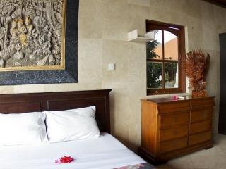 Puri Uluwatu Honeymoon Cottage Double II - Pecatu vacation rentals
