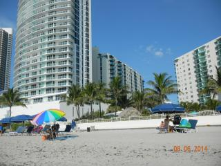 Spectacular 1b Direct Beach Access - Hollywood vacation rentals