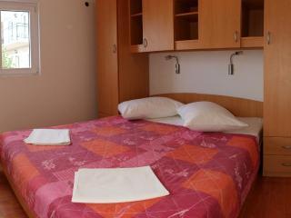 Apartment Tonko Igrane Makarska riviera AC  Wi-Fi - Igrane vacation rentals