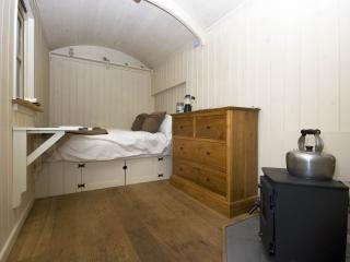 Romantic Shepherds hut with Internet Access and Private Fishing - Godshill vacation rentals