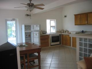 St Lucia, Rodney Heights/Bay, Kaye Kristal Aparts. - Saint Lucia vacation rentals