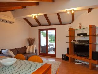 Luxury penthouse with terrace and sea view - Stari Grad vacation rentals