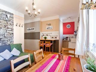 Fashion Street Apartment - Budapest & Central Danube Region vacation rentals