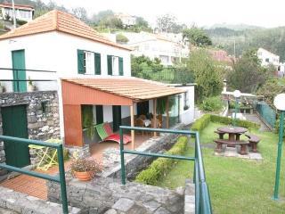 CASA DO LARANJAL – CANHAS - Funchal vacation rentals