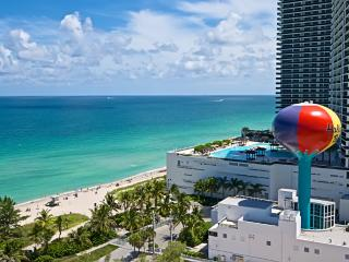OCEANFRONT ON THE BEACH PENTHOUSE 2/2 ON 17TH FL - Hollywood vacation rentals