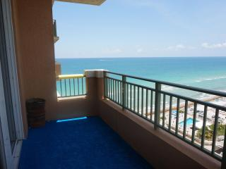 2080 OCEANFRONT ON THE BEACH 2/2 PENTHOUSE ON 17TH - Hallandale vacation rentals