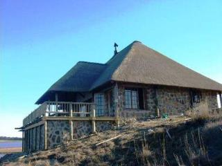 Nice Chalet with Deck and Outdoor Dining Area - Standerton vacation rentals