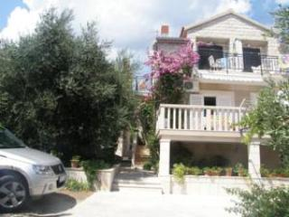 Two-Bedroom Apartment with Sea View - Bol vacation rentals