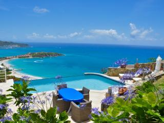 Villa Infinity overlooks the breath taking bay of Phillipsburg - Saint Martin-Sint Maarten vacation rentals