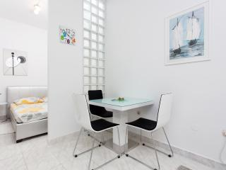 Modern studio near the Znjan beach - Split vacation rentals
