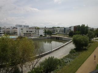 Apartement closed beach La Rochelle - La Rochelle vacation rentals