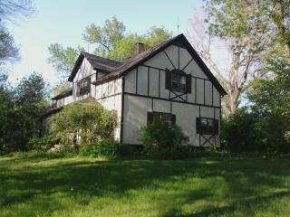 Beautiful Home with 5 Acres in Omaha, NE! - Nebraska vacation rentals