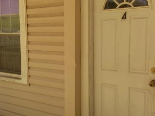 Very Affordable Seasonal Rate On Cozy Apt Near Bea - Wildwood vacation rentals
