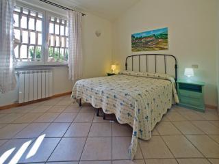 La Lavanda, Valle Siriaca Country House - Colle Santa Colomba vacation rentals