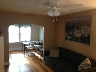 Walk to Everything on North Shore - Apt. Sleeps 4 - Chattanooga vacation rentals