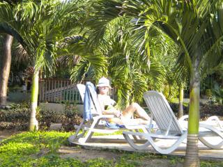 Casa de Cary Beachfront Villa in ROATAN - Roatan vacation rentals