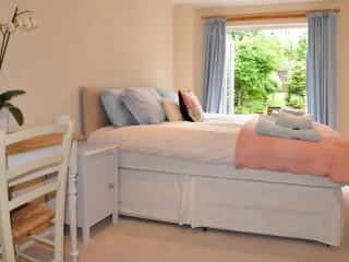 Charming 'Room On The Brae' with private entrance - Kirknewton vacation rentals