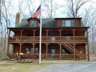 Franklin Manor_luxury log home on 18 acres and close to local attractions!!!! - Front Royal vacation rentals