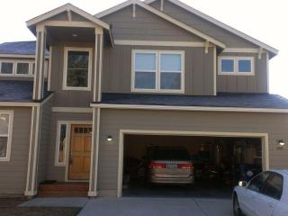 Great Home for Quilt Show Week - Sisters vacation rentals