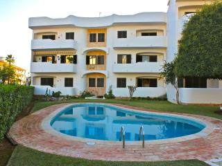Arinto Apartment, Vilamoura, Algarve - Vilamoura vacation rentals