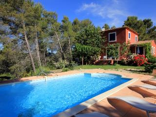4 bedroom Villa in Puy Ste Reparade, Provence, France : ref 1718748 - Montfroc vacation rentals