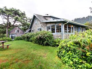 Charming House with Internet Access and Washing Machine - Arch Cape vacation rentals