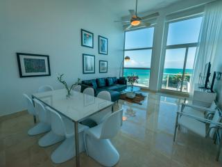 CB1- LUXURY OCEANFRONT 3 BEDROOM 2 STORY SUITE ON THE BEACH - Miami Beach vacation rentals