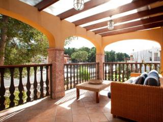 MASCARELL - Property for 8 people in Port d'Alcudia - Puerto de Alcudia vacation rentals