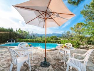 REURE - Property for 7 people in INCA - Inca vacation rentals