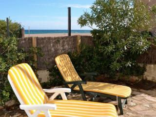 Cozy 2 bedroom Begur Condo with Television - Begur vacation rentals