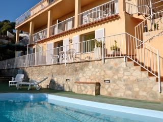 MEDITERRANEA 4 - L'Estartit vacation rentals