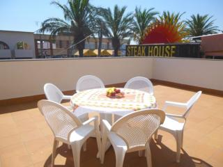 Adorable 2 bedroom Vacation Rental in Empuriabrava - Empuriabrava vacation rentals