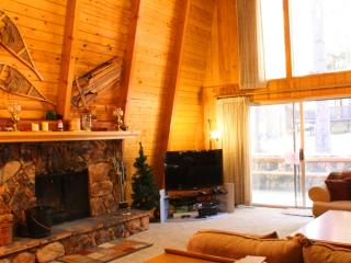 Walking to the lift, minutes to lake and village - Big Bear Lake vacation rentals