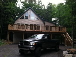 Connors Chalet - Lake Ariel vacation rentals