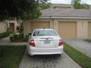Beautiful Serene 2 Bed + Den Garden Home on Great Golf Course - Naples vacation rentals