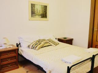 Doublebed room with garden - Sardinia vacation rentals
