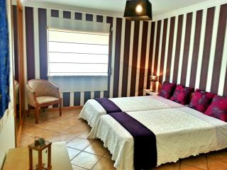 2Bedr Apt by Marina&MeiaPraia Beach - Lagos vacation rentals