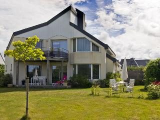 2 bedroom Villa with Internet Access in Plouhinec - Plouhinec vacation rentals