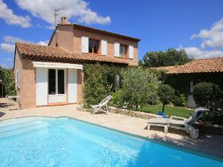 4 bedroom Villa in Pertuis, Provence, France : ref 1718977 - Pertuis vacation rentals
