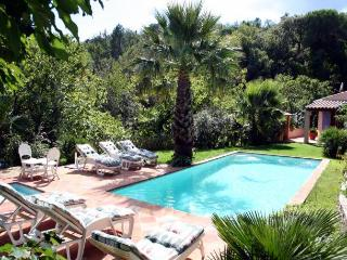 3 bedroom Villa in La Garde Freinet, Provence, France : ref 1718377 - La Garde-Freinet vacation rentals