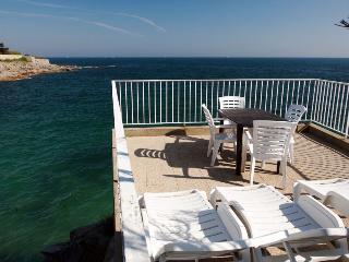 4 bedroom Villa in Ploemeur, Brittany, France : ref 1718393 - Ploemeur vacation rentals