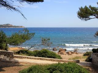 5 bedroom Villa in La Seyne Sur Mer, Provence, France : ref 1718429 - La Seyne-sur-Mer vacation rentals