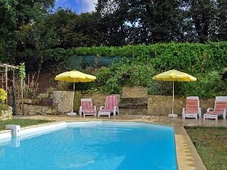 4 bedroom Villa in Fronsac, Aquitaine, France : ref 1718480 - Fronsac vacation rentals