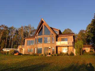 Cozy 3 bedroom Saint Andrews House with Deck - Saint Andrews vacation rentals
