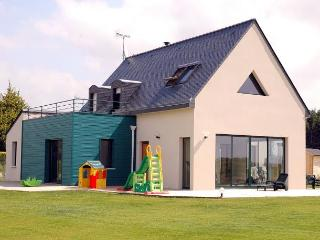4 bedroom Villa in MoëLan Sur Mer, Brittany, France : ref 1718886 - Moelan-sur-mer vacation rentals