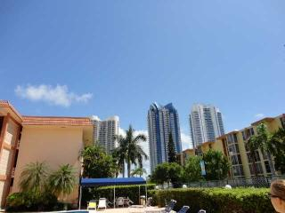 Newly Upgrated 2bdrs,priv Balcony,across the Beach - Sunny Isles Beach vacation rentals