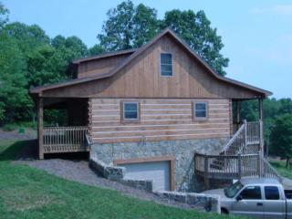 Perfect House with Deck and A/C - Grassy Creek vacation rentals