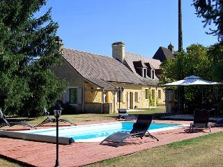 4 bedroom Villa in Sarlat, Dordogne, France : ref 1718621 - Sarlat-La-Caneda vacation rentals