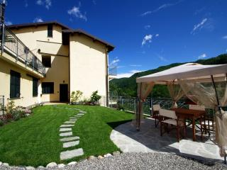 Nice 2 bedroom Condo in Ranzo with Garden - Ranzo vacation rentals